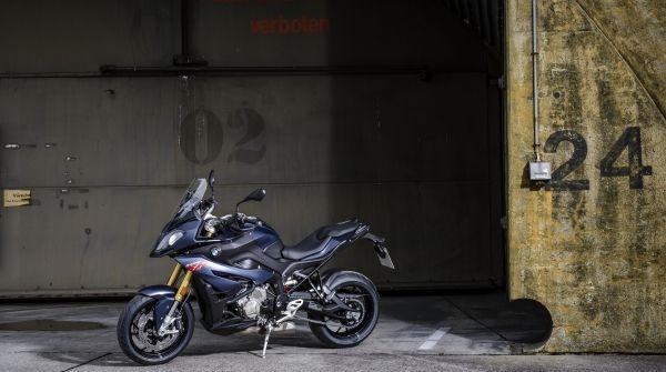 S1000XR  με όφελος 1.500€ έως 31.12.2019.